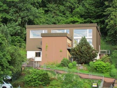 http://www.bauart-ferien.de/Content/Bilder/Haus/Haus_Aussenansicht_04.jpg