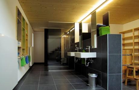 http://www.bauart-ferien.de/Content/Bilder/Haus/Haus_Innenansicht_15_Bad_OG.jpg